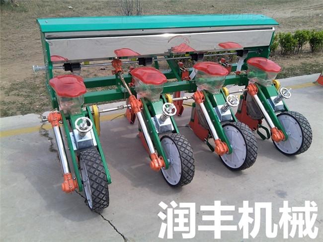 玉米精密播种机 施肥播种覆膜机 拖拉机玉米播种机