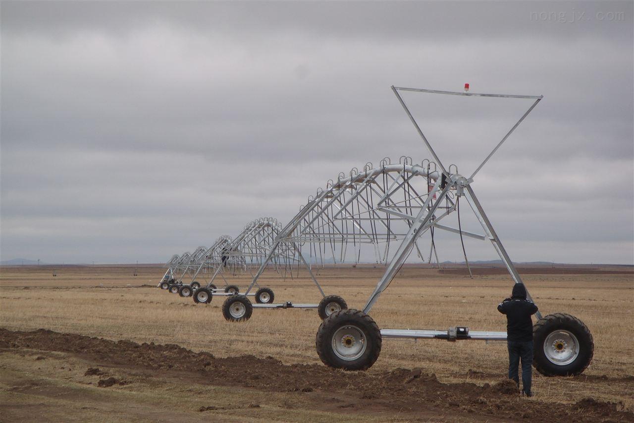 大型农用喷灌机固定式中心支轴喷灌机